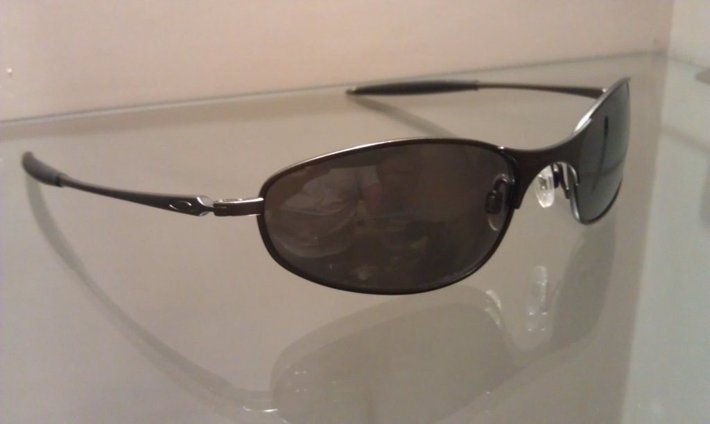 A Wire - Carbon/Black Iridium Polarized