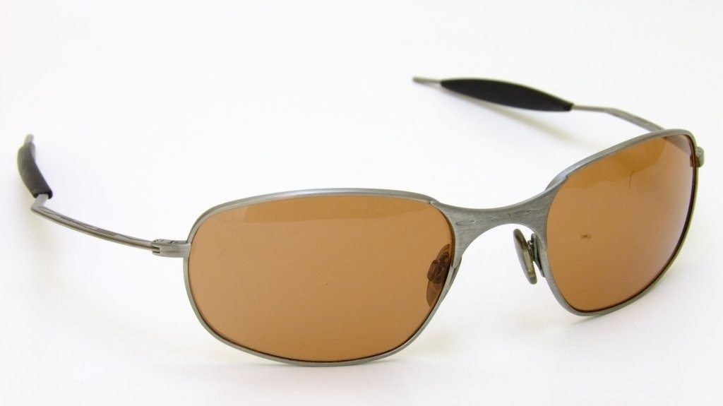 Oakley Vintage Square Wire