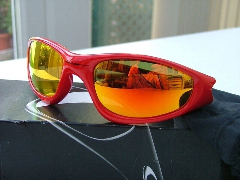 Oakley Cannon Red New Straight Jackets with Fire iridium.
