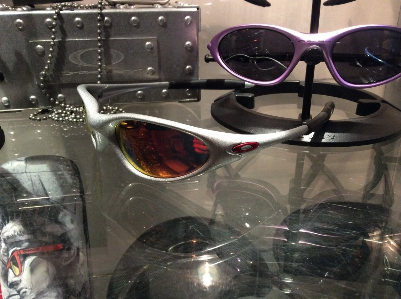 Oakley Minute Ohio State from the Collegiate Series