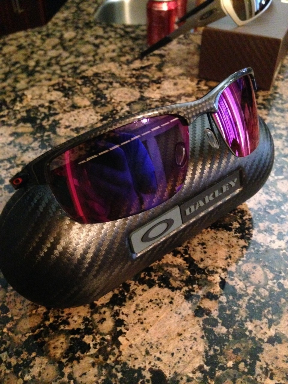 Oakley Carbon Blade - OO red iridium polarized lens & case
