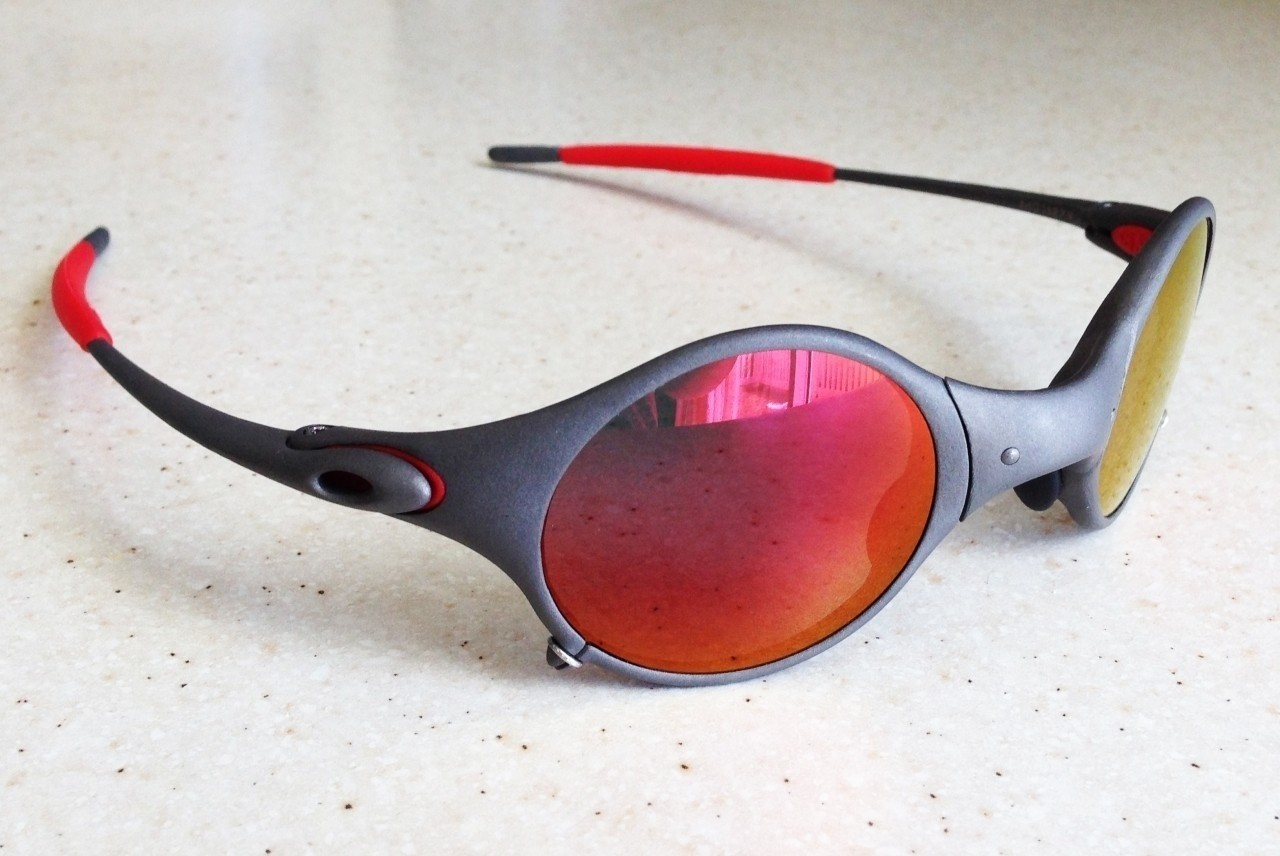 OAKLEY MARS / X-METAL - RUBY POLARIZED LENSES - Front/Left View