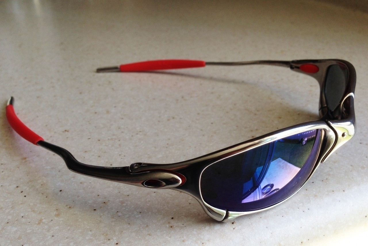 OAKLEY JULIET / POLISHED - ICE POLARIZED LENSES - Side View
