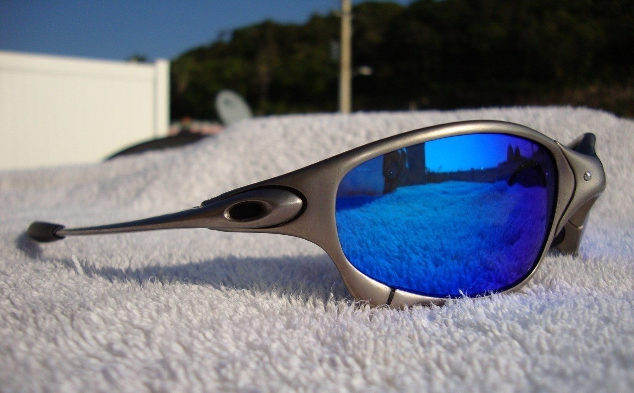 OAKLEY JULIET / PLASMA - ICE POLARIZED LENSES - Left View