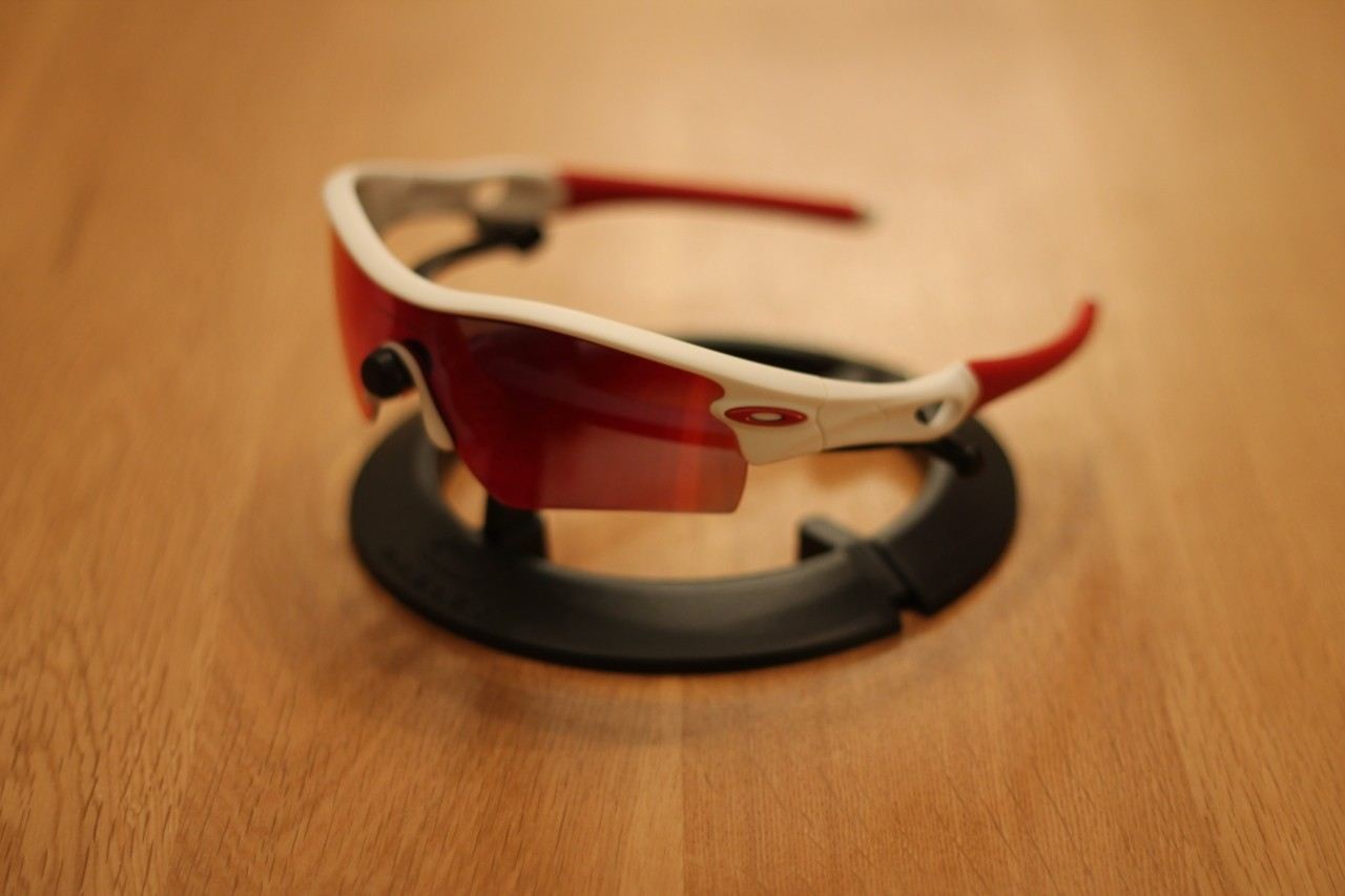 Red iridium lens