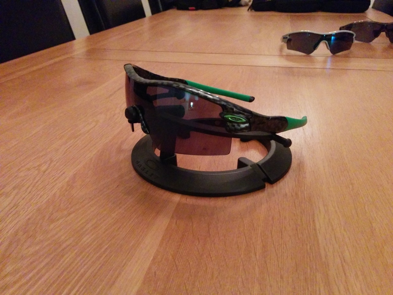 Carbon Fibre XL Straight arm with Jade lens
