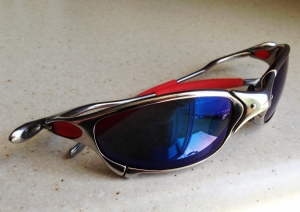 OAKLEY JULIET / POLISHED - ICE POLARIZED LENSES
