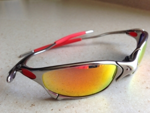 OAKLEY JULIET / POLISHED - RUBY LENSES