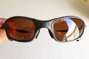OAKLEY JULIET / X-METAL - DARK BRONZE LENSES - Front View