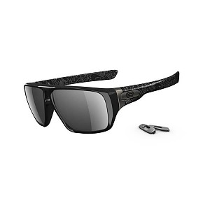 oakley_dispatch_polished_black_-_silver_text_-_black_iridium_-_polarised_1_1_1_1_1.jpg